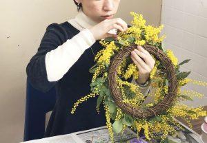 ミモザは女性への感謝を伝える花