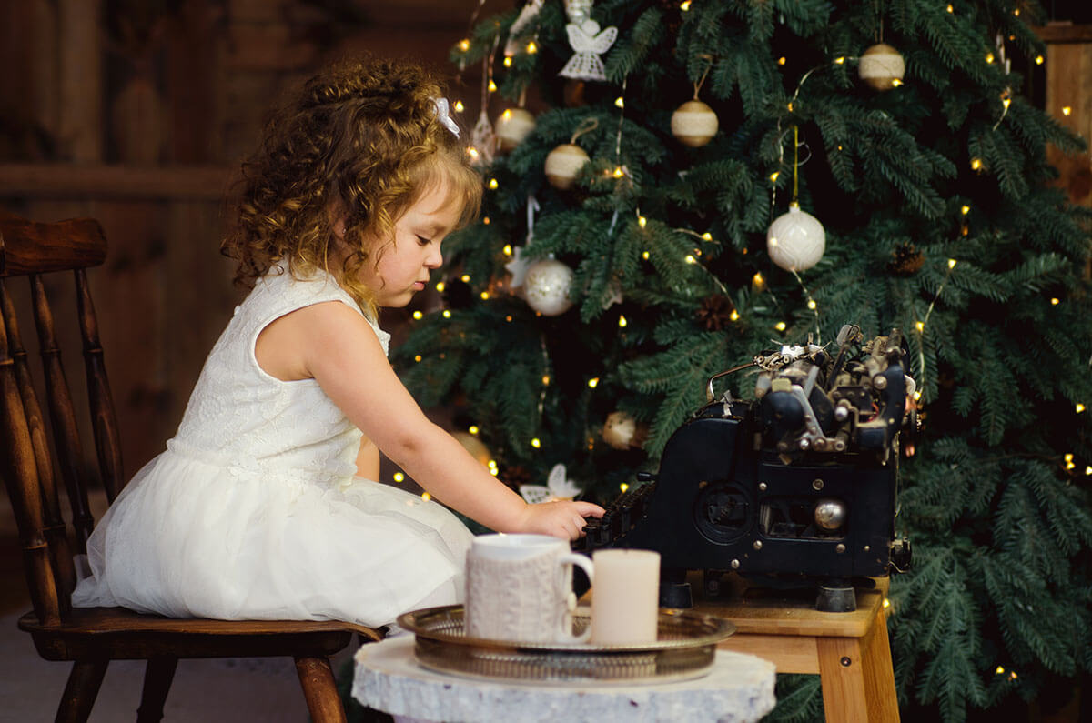 海外のクリスマスのような、深緑の香りを楽しむ大人のクリスマスインテリア